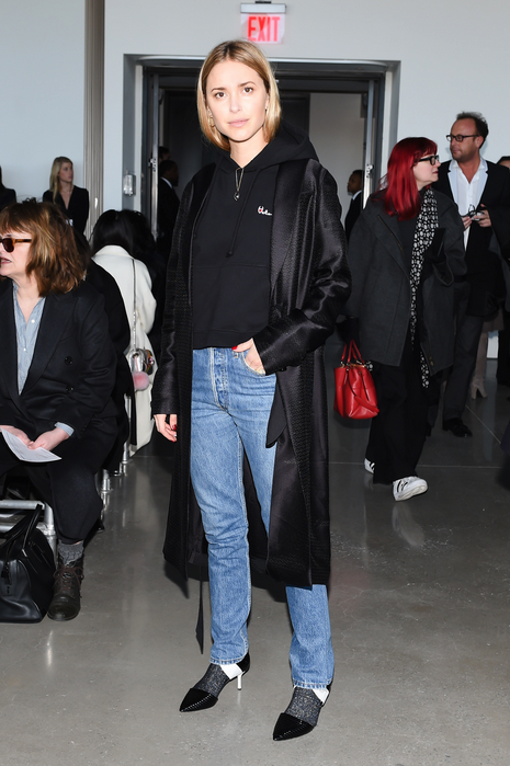 CalvinKlein robe and jeans look de pernille